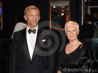 Daniel Craig and Judy Dench Editorial Stock Image