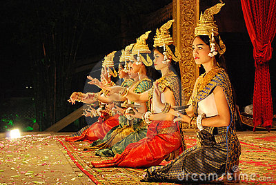 Danse d apsara de Khmer Photo stock éditorial
