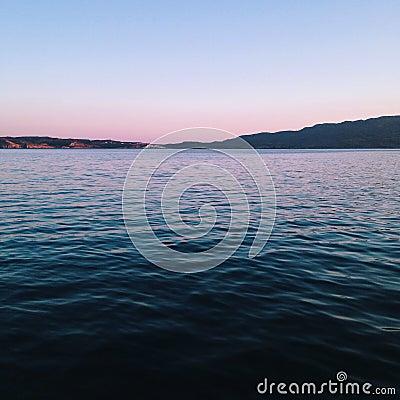 Free Dark Blue Ocean Royalty Free Stock Photography - 44557377