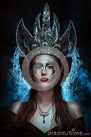 Free Dark Queen Royalty Free Stock Photo - 29459625