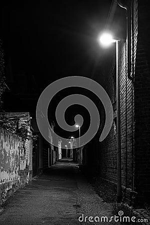 Free Dark Street At Night Stock Photo - 44271210