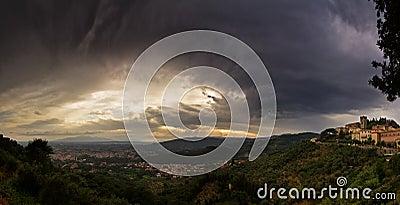 Dark Toscane