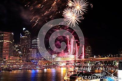 Darling Harbour Fireworks Redaktionell Arkivfoto