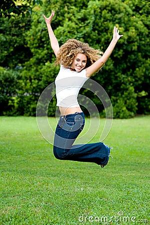 Das Mädchen-Springen