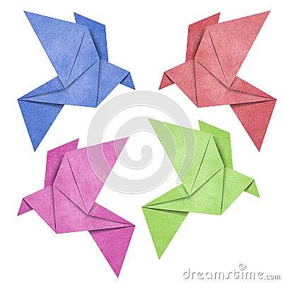 das origami vogel papercraft das von gebildet wird bereiten papier auf stockfotos bild 24631663. Black Bedroom Furniture Sets. Home Design Ideas