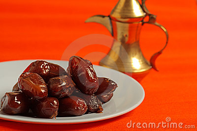 Dates and arabic tea pot