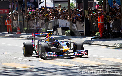 David Coulthard speeds the straight at a F1 demo Editorial Stock Image