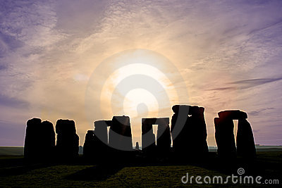 Dawn at Stonehenge