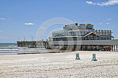Daytona beach pier editorial photography image 25802997 for Daytona beach fishing pier
