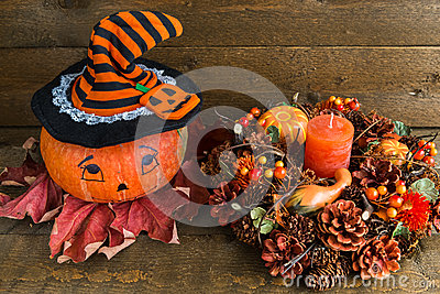 d coration de halloween potiron et guirlande peints d. Black Bedroom Furniture Sets. Home Design Ideas