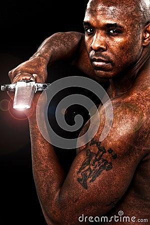 De aantrekkelijke Zwarte Mens van de Jaren  30 met Zwaard