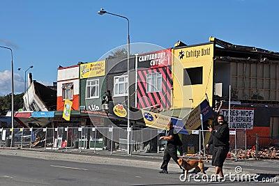 De Aardbeving van Christchurch - de Winkels van de Weg Linwood Redactionele Stock Foto