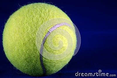 De bal van het tennis.