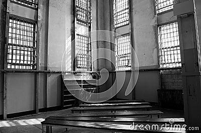 De bibliotheek in alcatraz royalty vrije stock foto 39 s beeld 24848778 - Bibliotheek balances ...
