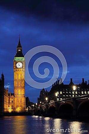 De Big Ben bij nacht