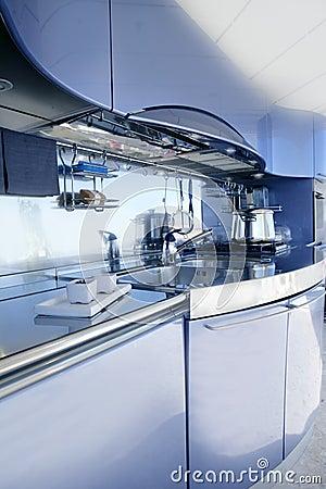 De blauwe zilveren decoratie van de keuken moderne architectuur ...