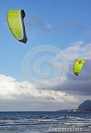 De Branding van de vlieger in Majorca
