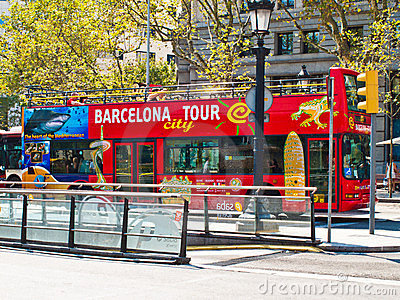 De bus van de Reis van Barcelona Redactionele Stock Foto