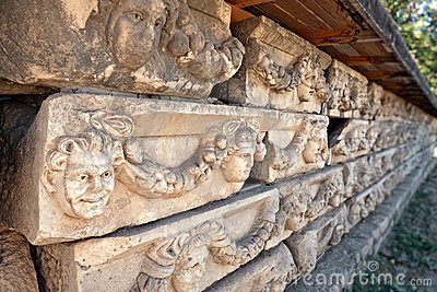 De decoratie van de steen in Aphrodisias