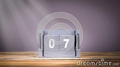 7 de dezembro calendário de madeira no movimento video estoque