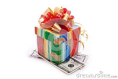 De doos van de gift met dollarrekeningen