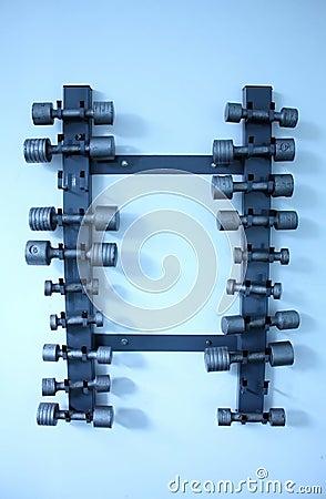 De gewichten van het staal