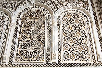 De gipspleister van Marrakech van het Paleis van Bahia