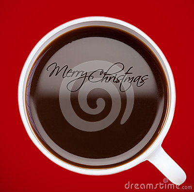 De groet van Kerstmis, die op koffieoppervlakte trekt