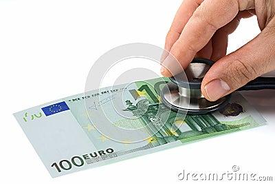 Arts die Gezondheid van Euro onderzoeken