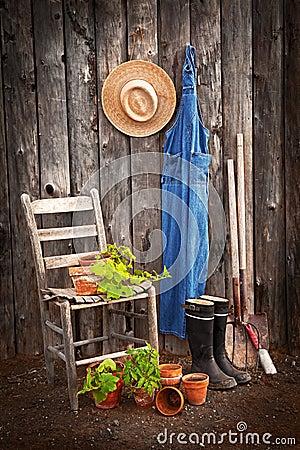 De hulpmiddelen van de tuinman