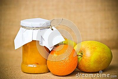 De jampot van het fruit