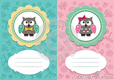 De kaarten van de baby met leuke jonge uilen