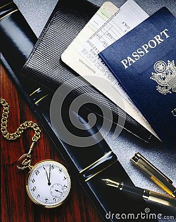 De kaartjes en het paspoort van de luchtvaartlijn
