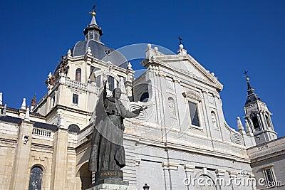 De Kathedraal van Almudena in Madrid