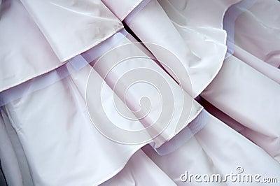 De kledingsdetail van het huwelijk