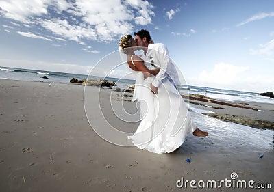 De kus van het huwelijk.
