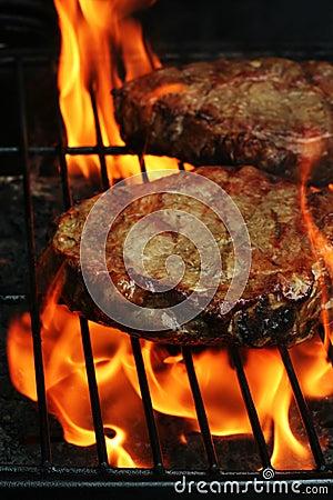 De Lapjes vlees van de barbecue
