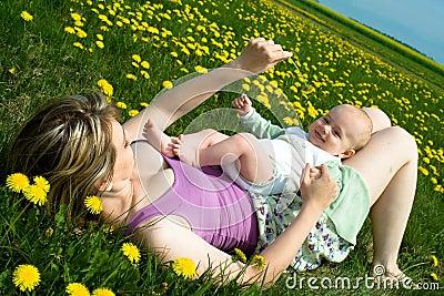 De lente met baby