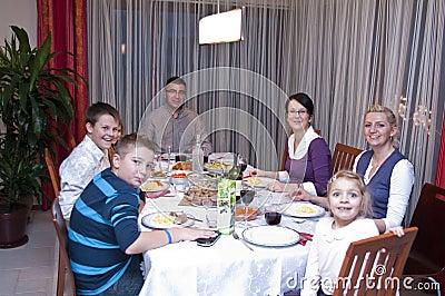 De lijstdiner van de familie