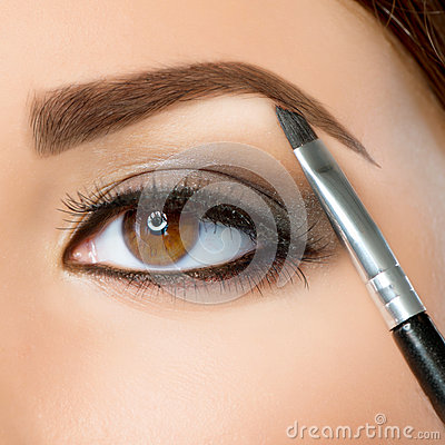 De Make-up van de wenkbrauw