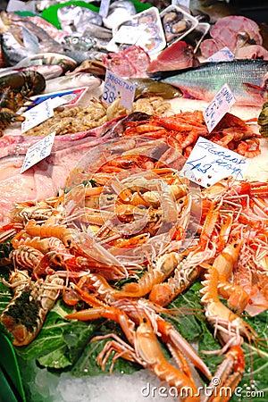 De Markt van zeevruchten