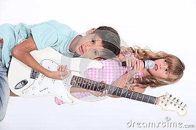 De muzikale groep van kinderen