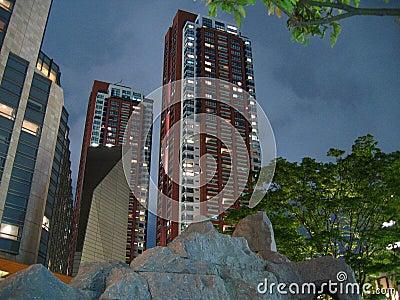 De nachtscène van de Woonplaatsen van de Heuvels van Roppongi (???????????)