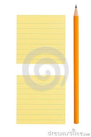 De nota van het potlood en van de post-it over witte achtergrond
