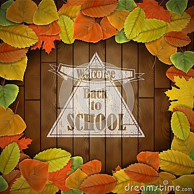 De nouveau au panneau en bois d école avec des feuilles