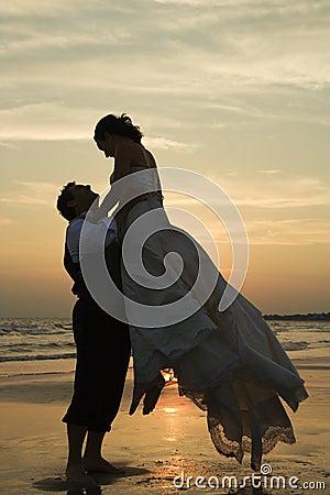 De opheffende bruid van de bruidegom