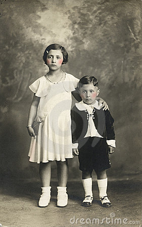 De originele antieke foto van 1910 - Leuke jonge geitjes