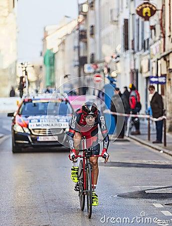 De Proloog van Fietsermoinard Amaël- Parijs Nice 2013 in Houilles Redactionele Afbeelding