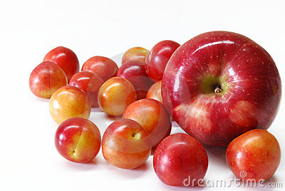 De pruimen van de kers met appel