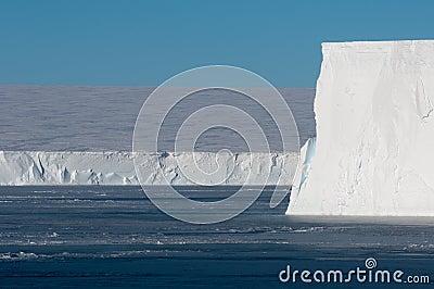 De rand van het ijs